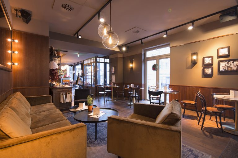 Architekturfoto Anjana Perera - Cafés in Konstanz